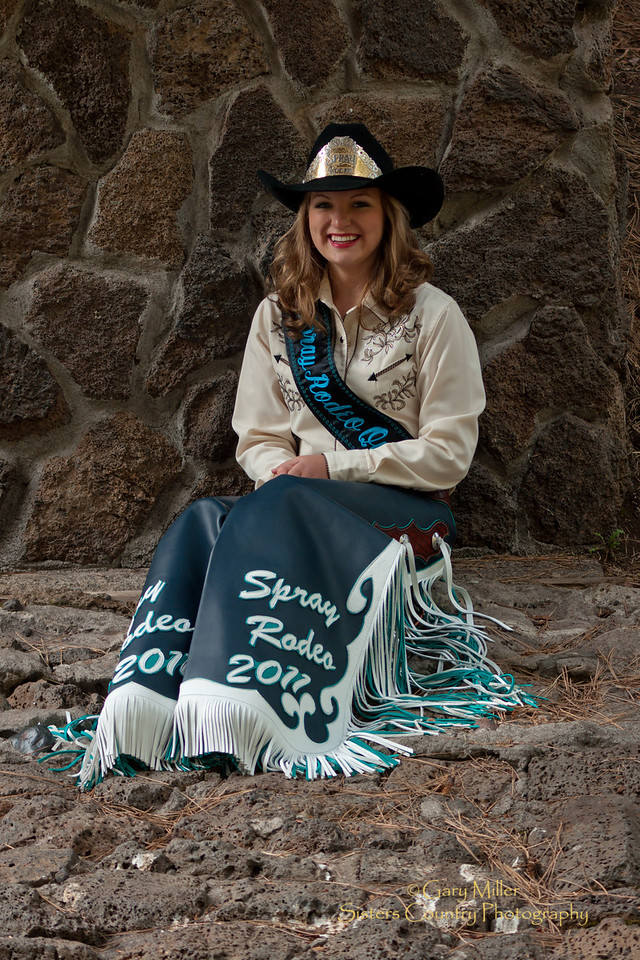Sara Buckmann - Spray Rodeo Queen 2011 - Photo by Gary Miller - Sisters Country Photography
