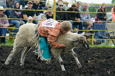 mutton_busting_sunday_14-5519