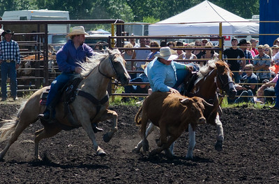 steer_wrestling_saturday_14-4621