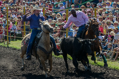 steer_wrestling_saturday_14-4627