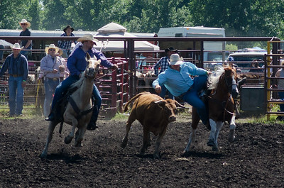 steer_wrestling_saturday_14-4616