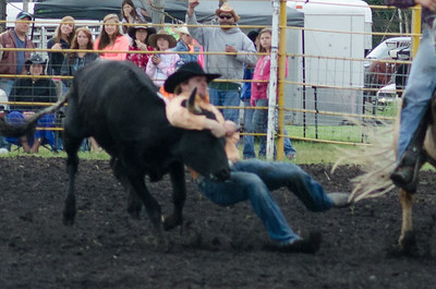steer_wrestling_sunday_14-5686