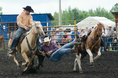 steer_wrestling_sunday_14-5670