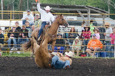 steer_wrestling_sunday_14-5700