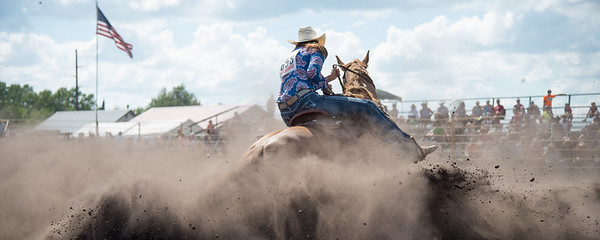 2016 rodeo sunday barrels-5503