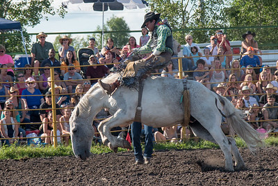 2016 rodeo friday broncs-2695