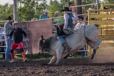 2016 rodeo friday bulls-3287