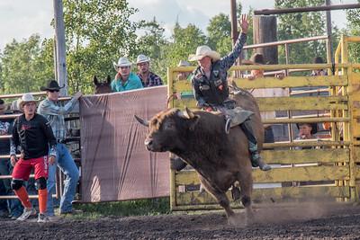 2016 rodeo friday bulls-3273