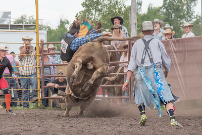 2016 rodeo saturday bulls-4214