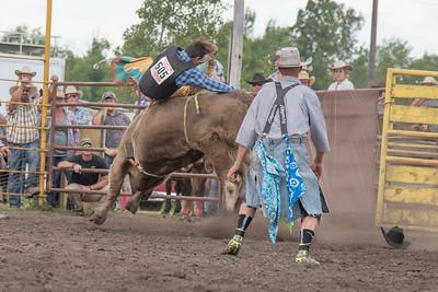 2016 rodeo saturday bulls-4213