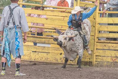 2016 rodeo saturday bulls-4220