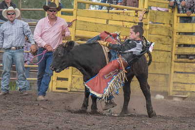 2016 rodeo saturday bulls-4203