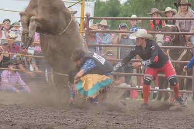 2016 rodeo saturday bulls-4219