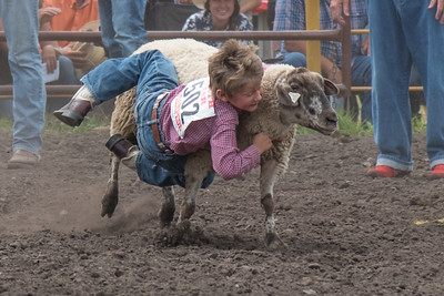 2016 rodeo saturday mutton busting-3904