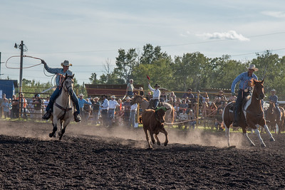 2016 rodeo friday team roping-3166