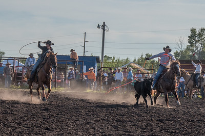 2016 rodeo friday team roping-3203