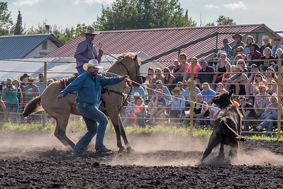 2016 rodeo friday  roping-2876