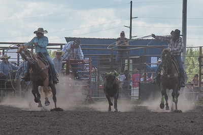 2016 rodeo sunday team roping-5256