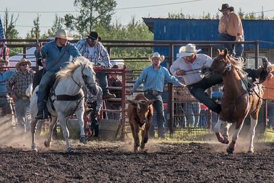 2016 rodeo friday steer wrestling-3134