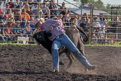 2016 rodeo friday steer wrestling-3106