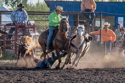 2016 rodeo friday steer wrestling-3094