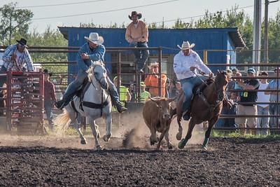 2016 rodeo friday steer wrestling-3081
