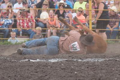 2016 rodeo saturday steer wrestling-4124