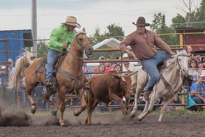 2016 rodeo saturday steer wrestling-4115