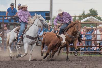2016 rodeo saturday steer wrestling-4127