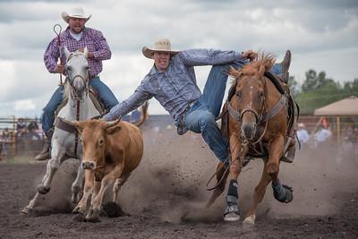 2016 rodeo saturday steer wrestling-4111