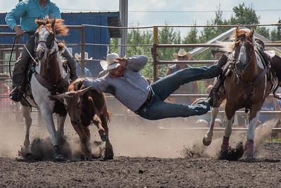 2016 rodeo sunday steer wrestling-5276