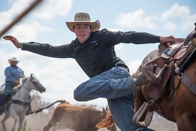 2016 rodeo sunday steer wrestling-5232