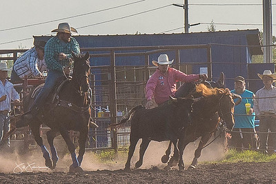 steer_wrestling_friday_2017-1609