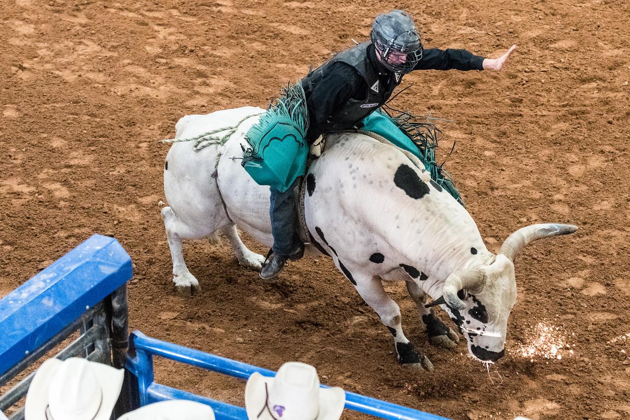 BKH-Bull-Riding-2980