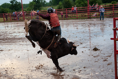2013_Orange_Sheriff's_Posse_Rodeo-July-19-011