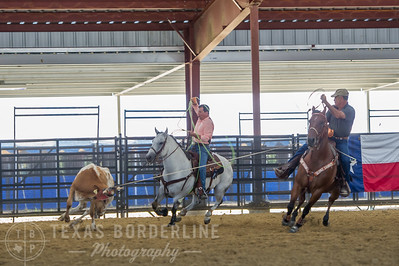 October 10, 2015-T2 Arena 'CASA' Team Roping-TBP_0033