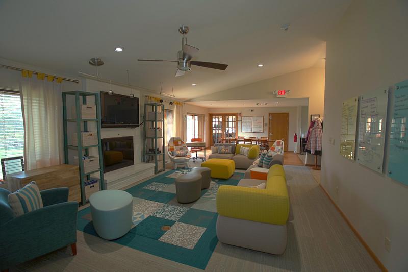 Livingroomf
