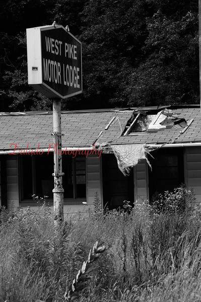 Abandon motel.