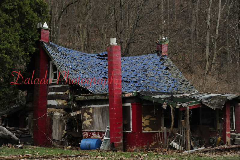 """Run-down cottage in """"God's Country."""""""