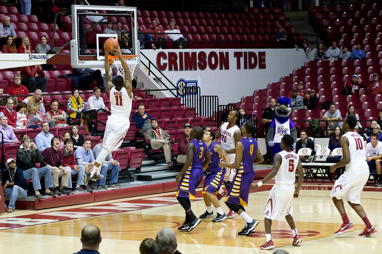 http://www.freelancepictures.com/RollTideBama/Basketball/Alabama-Montevallo-2014/i-3V