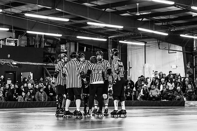 Sockit Wenches vs Throttle Rockets-8