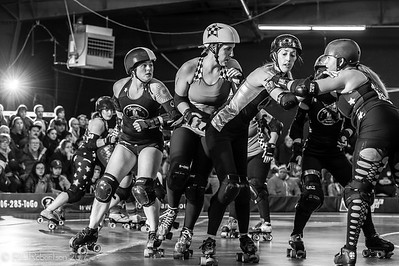 Sockit Wenches vs Throttle Rockets-21