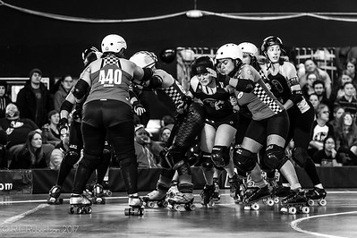 Sockit Wenches vs Throttle Rockets-31
