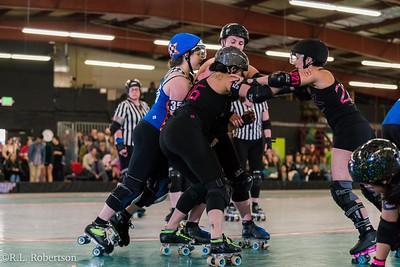 Sockit Wenches_vs_Guns_n_Rollers-10