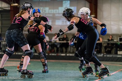 Sockit Wenches_vs_Guns_n_Rollers-14