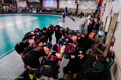 Sockit Wenches_vs_Guns_n_Rollers-9