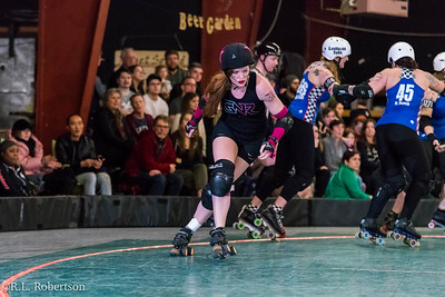 Sockit Wenches_vs_Guns_n_Rollers-19