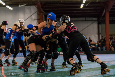 Sockit Wenches_vs_Guns_n_Rollers-30