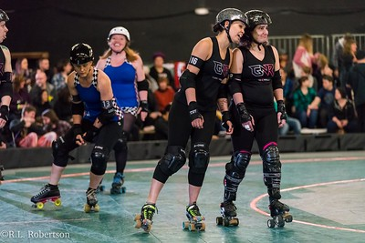 Sockit Wenches_vs_Guns_n_Rollers-5