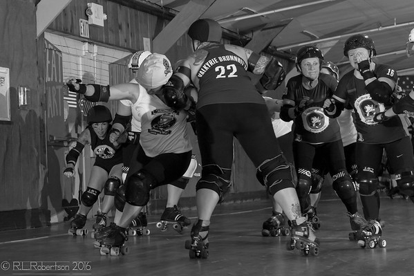 2016/06/25 - Whidbey Island Roller Girls vs. Overeaters Anonymous